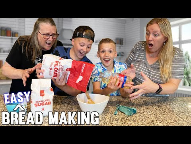 5 Ingredient EASY Bread Recipe || Kid Size Cooking