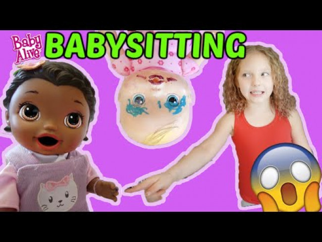 BABY ALIVE BABYSITS her LITTLE SISTER! The Lilly and Mommy Show! FUNNY KIDS SKIT!