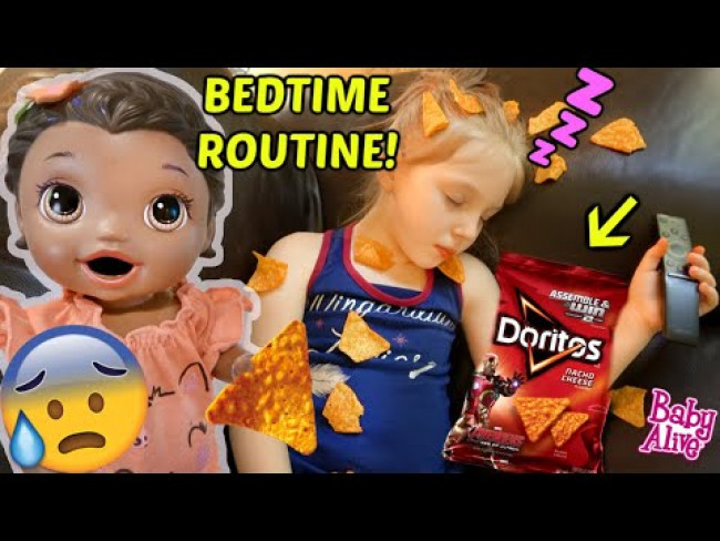 BABY ALIVE does her BEDTIME ROUTINE! FUNNY MOM ROUTINE! The Lilly and Mommy Show!  FUNNY KIDS SKIT!