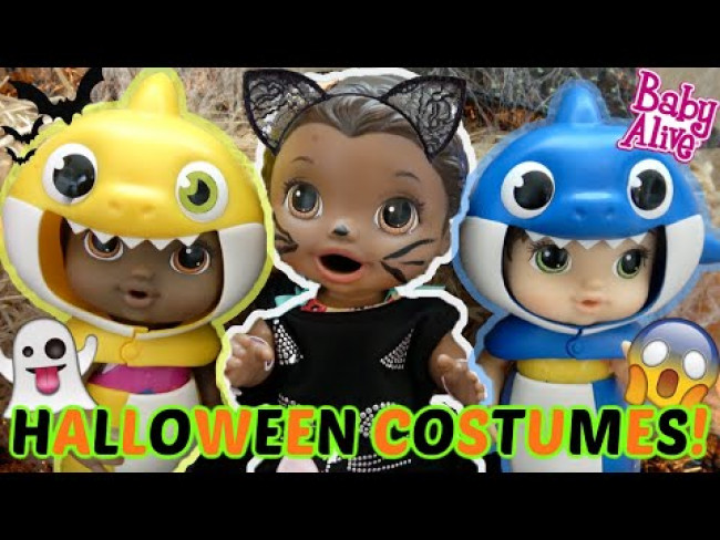 BABY ALIVE gets a HALLOWEEN COSTUME. The Lilly and Mommy Show. FUNNY KIDS SKIT. BABY SHARK HALLOWEEN