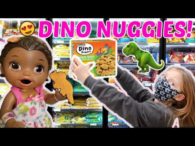 BABY ALIVE gets DINO NUGGETS for LUNCH! The Lilly and Mommy Show! FUNNY KIDS SKIT!