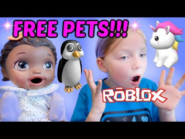 BABY ALIVE GIVES AWAY FREE ANIMALS and HATCHES EGGS! The Lilly and Mommy Show. FUNNY KIDS SKIT!