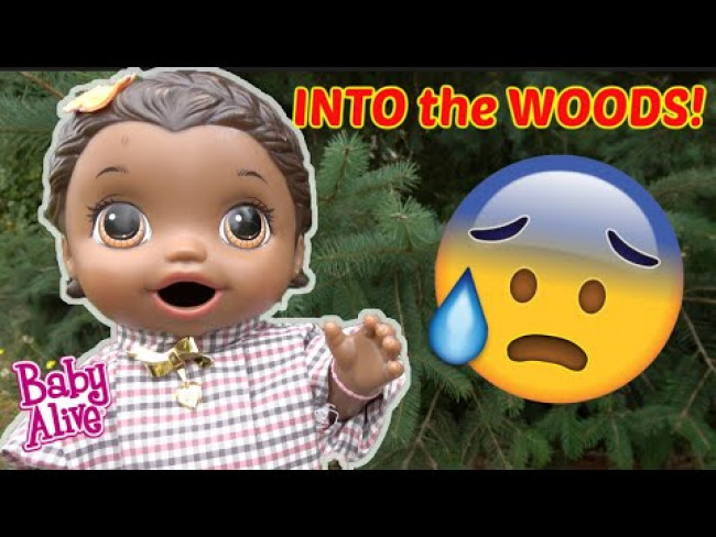 BABY ALIVE goes into the WOODS! The Lilly and Mommy Show! The TOYTASTIC Sisters. FUNNY KIDS SKIT