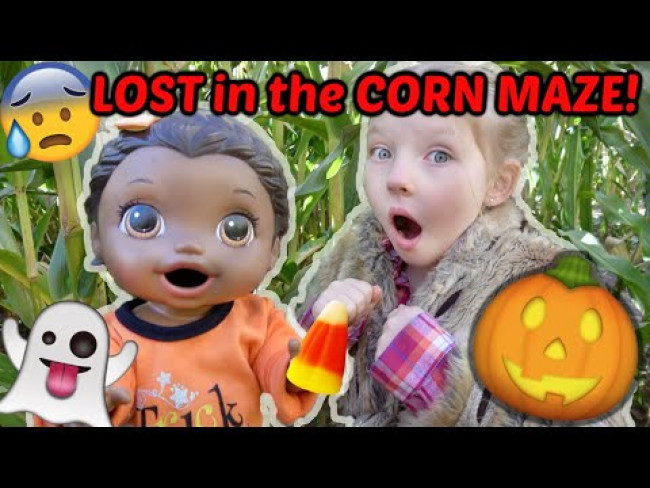 BABY ALIVE goes to the PUMPKIN PATCH! LOST in a CORN MAZE! The Lilly and Mommy Show! FUNNY KIDS SKIT