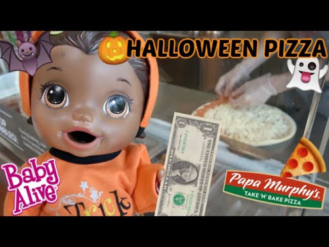 BABY ALIVE has a HALLOWEEN PIZZA SURPRISE! The Lilly and Mommy Show! FUNNY KIDS SKIT! PUMPKIN PIZZA!
