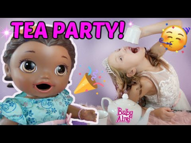 BABY ALIVE has a TEA PARTY! The Lilly and Mommy Show! FUNNY KIDS SKIT! NEW CHANNEL ANNOUNCEMENT!