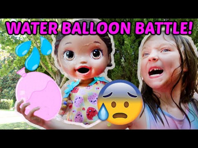 BABY ALIVE has a WATER BALLOON BATTLE! The Lilly and Mommy Show! FUNNY KIDS SKIT!