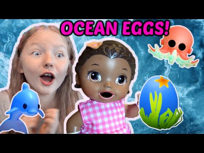 BABY ALIVE hatches 20 OCEAN EGGS in ADOPT ME! The Lilly and Mommy Show! FUNNY KIDS SKIT! ROBLOX!
