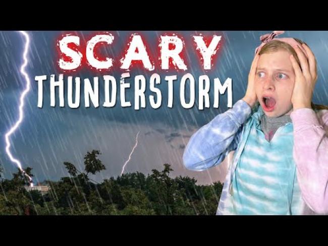 Caught in a HUGE Flood & Lightning Thunderstorm