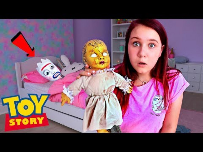 FORKY FROM TOY STORY CAUGHT IN BONNIE'S ROOM!! (The Doll Maker Plays Tricks And Knifey Mystery)