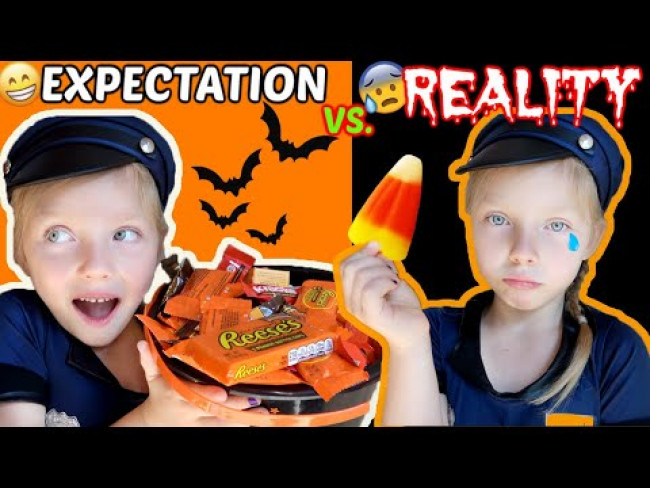 HALLOWEEN EXPECTATIONS vs REALITY! The TOYTASTIC Sisters. FUNNY KIDS SKIT! TRICK or TREATING!
