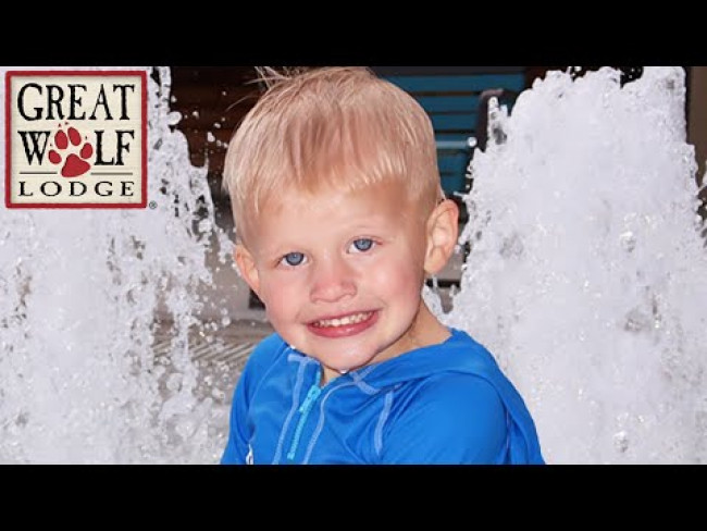 HUGE Indoor Water Park Playtime at Great Wolf Lodge