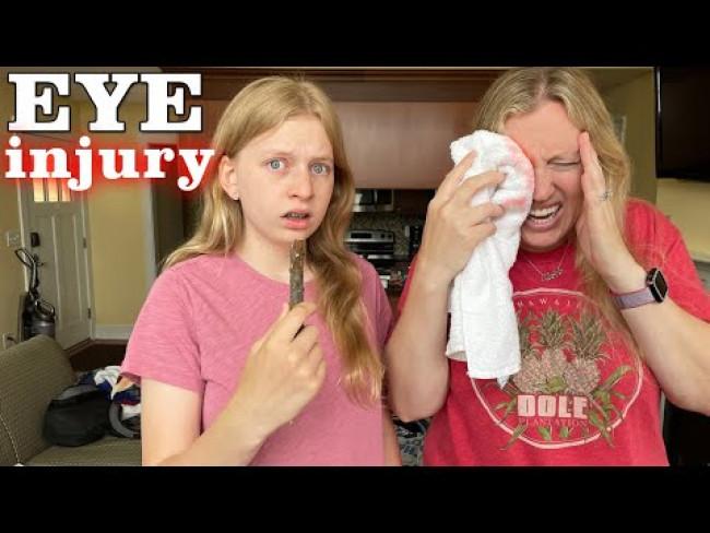 I Hurt My Eye!!!