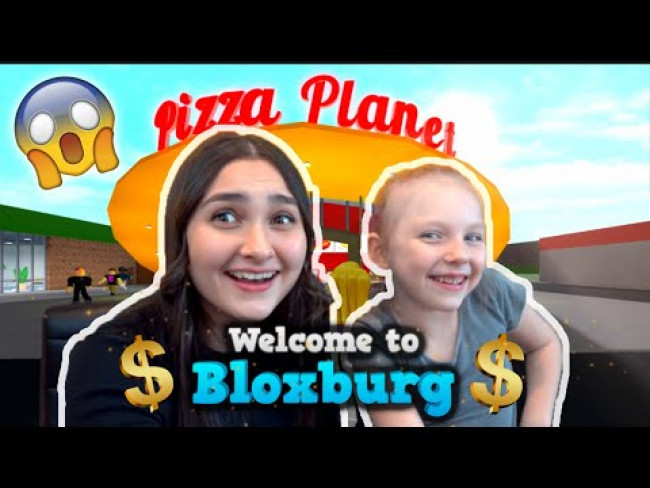 KAIA and SISSY play BLOXBURG! ROBLOX PROFESSIONALS! Kids GAMING! The TOYTASTIC Sisters. FUNNY SKIT!