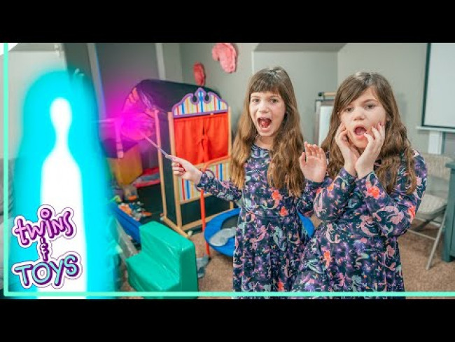 Kate and Lilly Use MAGIC WAND  to Play Kids Game with Friends!