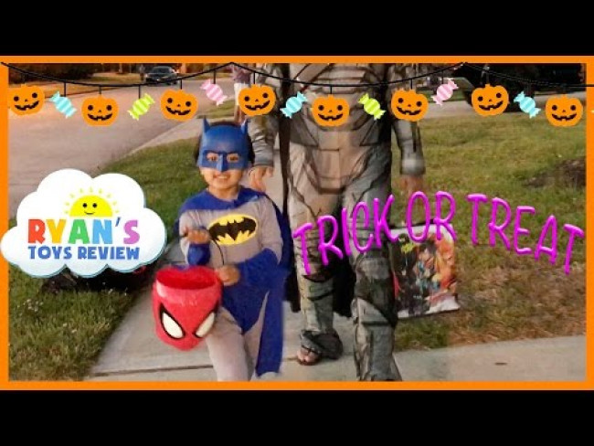 Kid Halloween Trick or Treat Candy Haul!