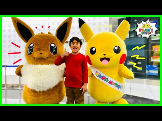 Ryan Meets Pikachu and Eevee at Pokemon Center Tokyo DX!