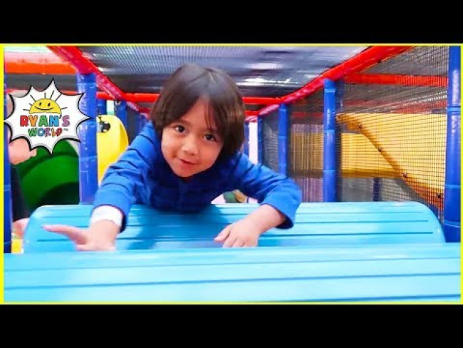 Ryan plays at Crayola Experience Indoor play center for Kids!!!