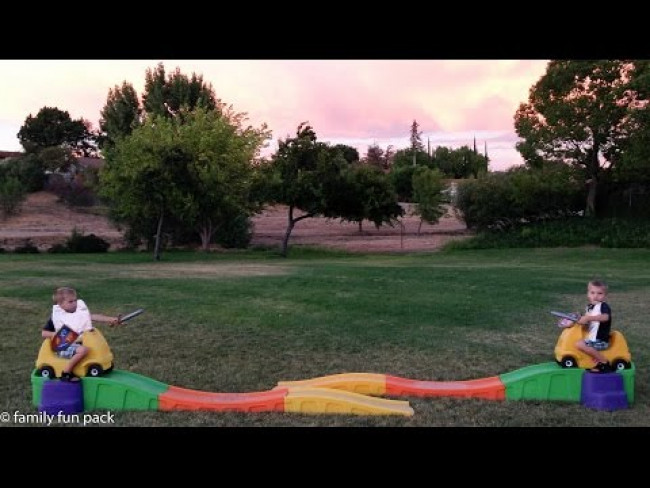 Step2 Up & Down Roller Coaster Jousting Fail
