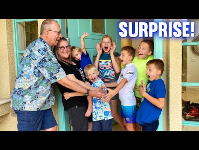 SURPRISE VISITORS to our Hawaii House!! *emotional reunion* || Mommy Monday