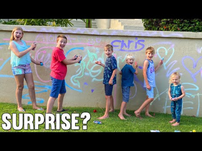 They Spray Painted Our House! || Mommy Monday