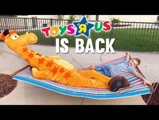 "Toys ""R"" Us CAME TO OUR HOUSE!!!"