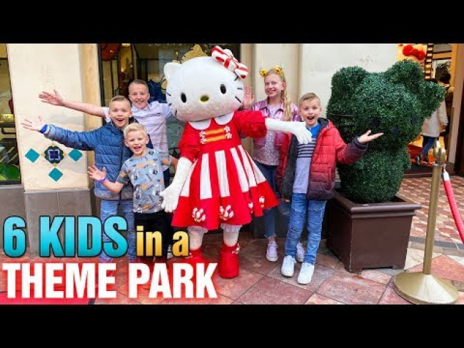 Universal Studios with 6 Kids at Christmas!! (Mommy Monday)